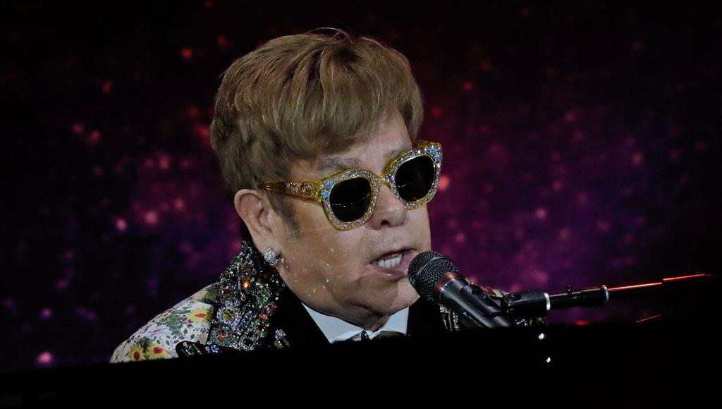 Elton John cumple 71 años (25 de Marzo)