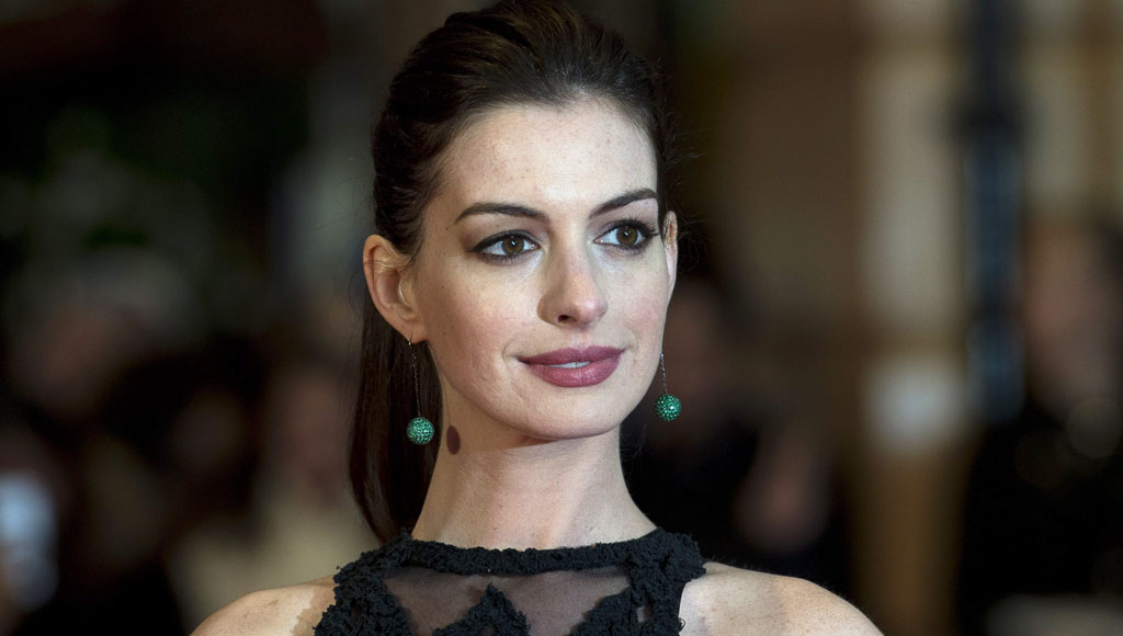 36 Cumpleaños de la actriz Anne Hathaway (12 de Noviembre)