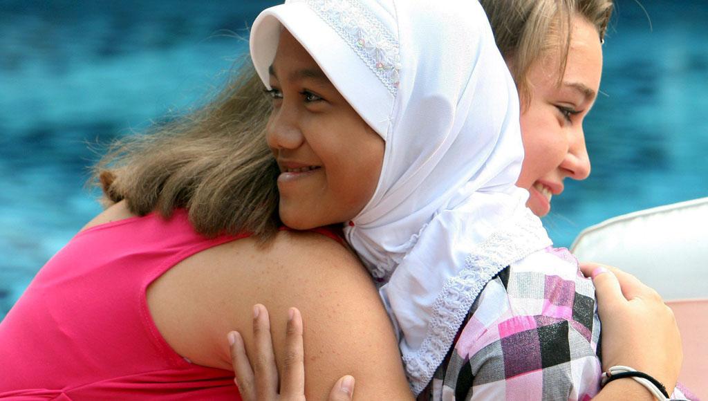 Día Internacional del Abrazo (21 Enero)