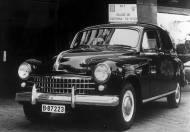 11-11-1953: Sale el primer SEAT 1400
